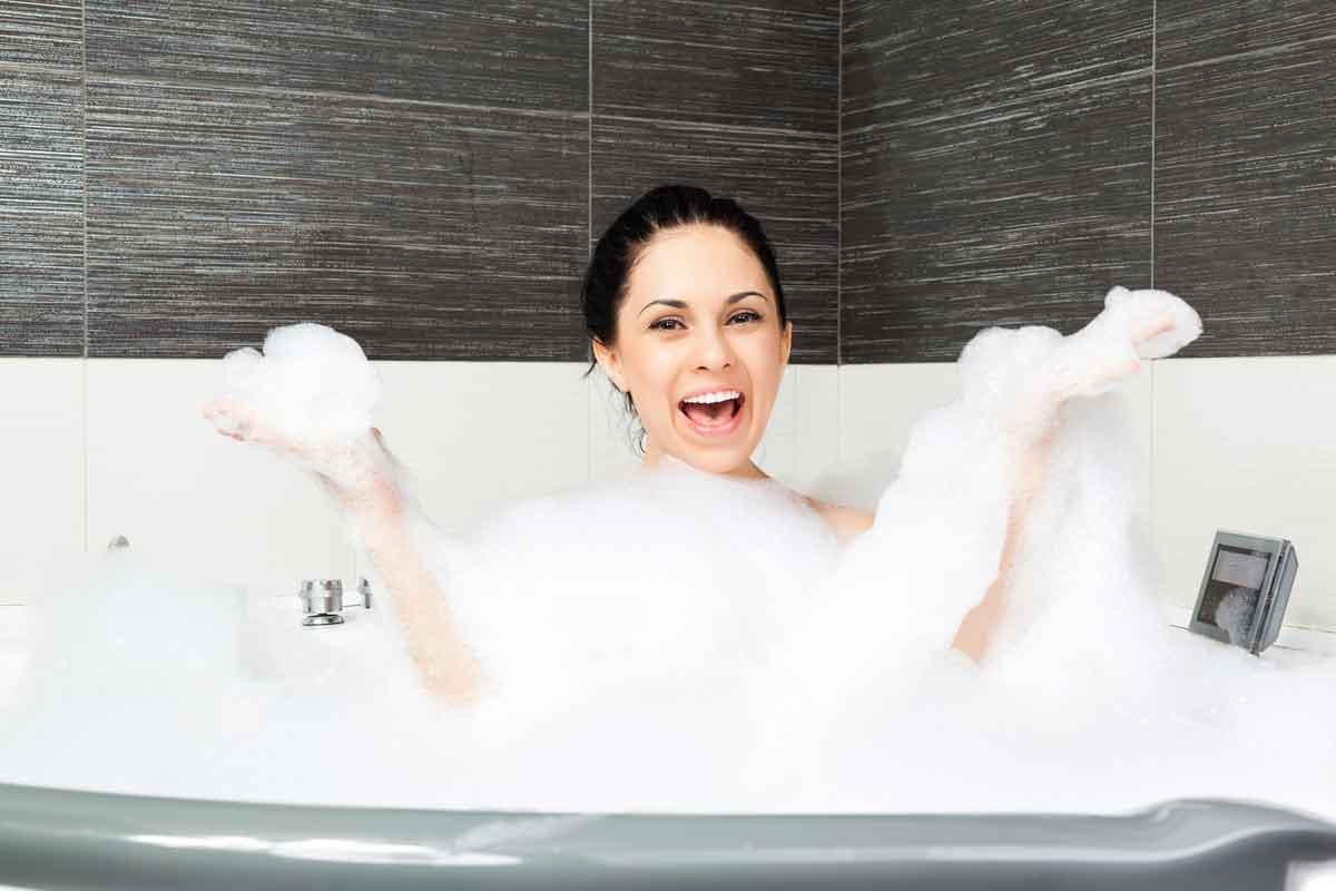 bubbelbad in hotelkamer