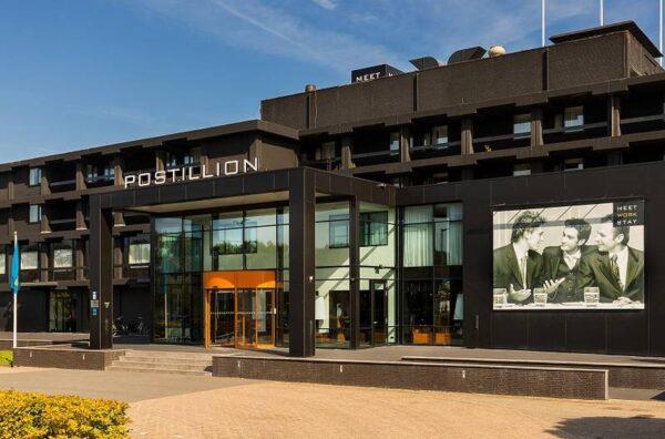 Postillion hotel Dordrecht-met hond-bij Biesbosch