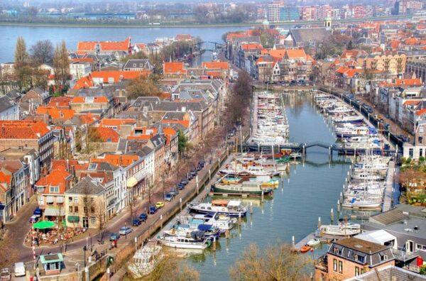 Postillion hotel Dordrecht-met hond-bij Biesbosch - Dordrecht